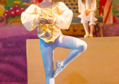 Nutcracker Prince dances with Chinese