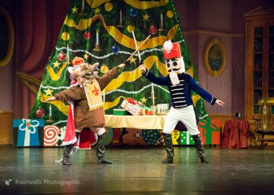 Nutcracker Prince and Rat King battle